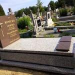 Pomnik Crema Julia + Omega